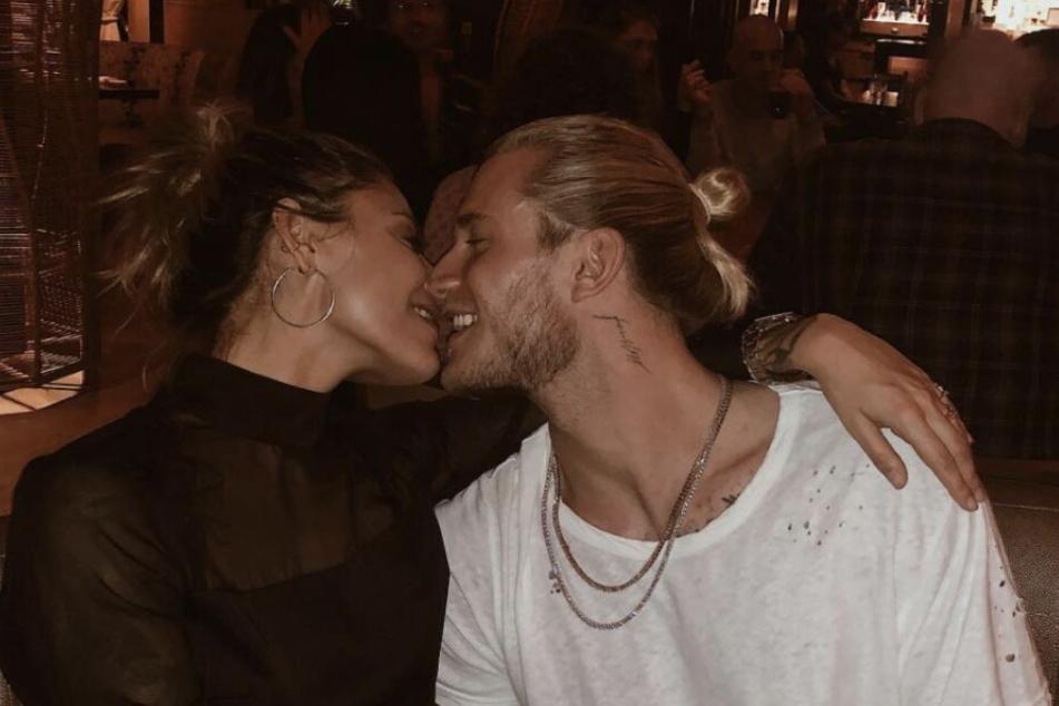 Sophia Thomalla (29) und Loris Karius (25) schweben auf Wolke sieben.
