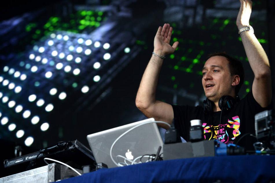Star-DJ Paul van Dyk (47) hatte sich bei einem Sturz während eines Festival-Auftritts schwerst verletzt.