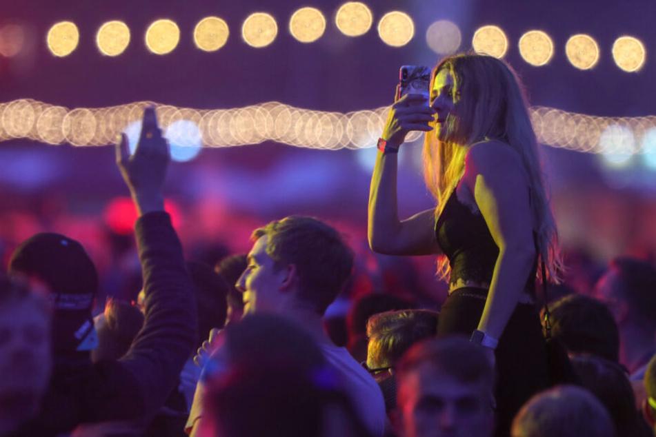 Fans von Elektro-Musik aus ganz Europa kamen zum Festival.