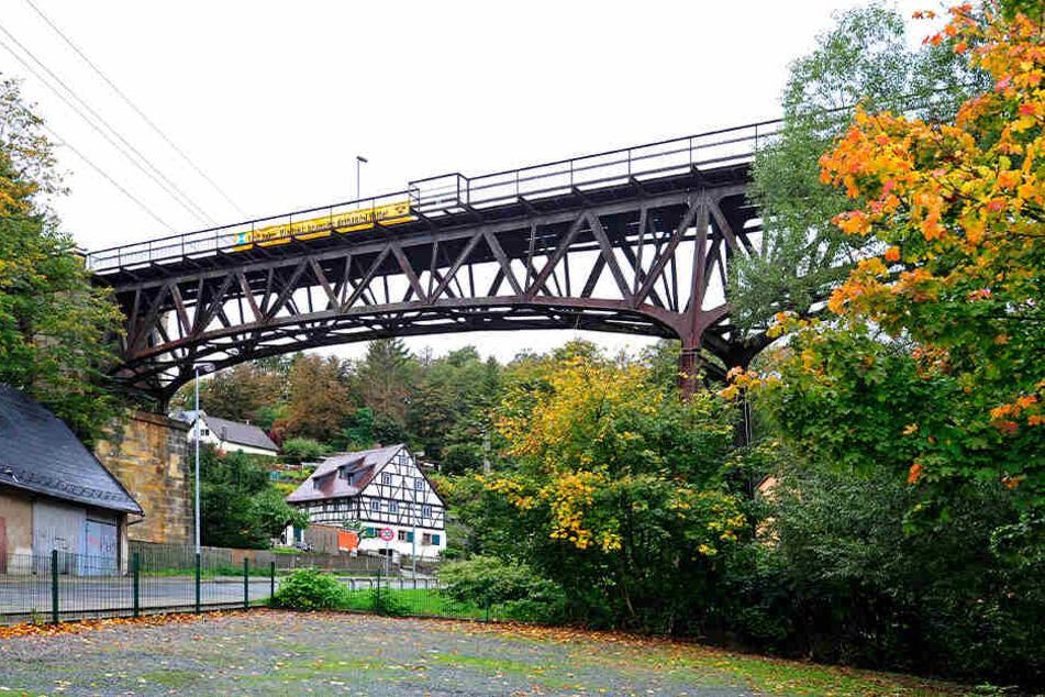 Für die Sanierung der Brücke werden insgesamt 1,9 Millionen Euro benötigt.