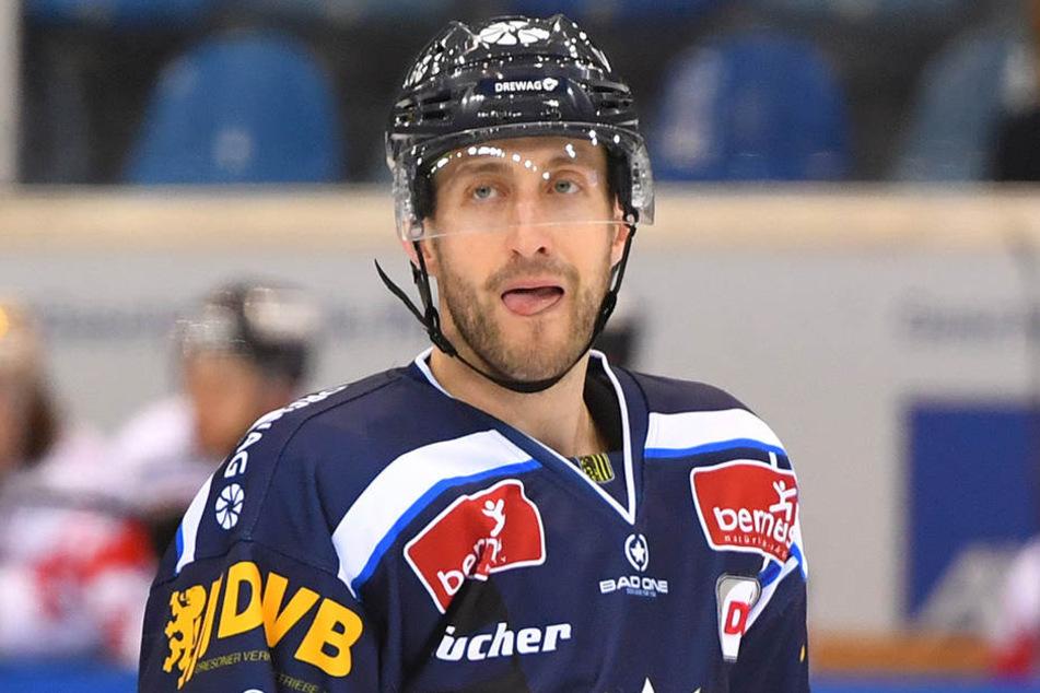 Auch Harrison Reed bleibt den Dresdner Eislöwen.