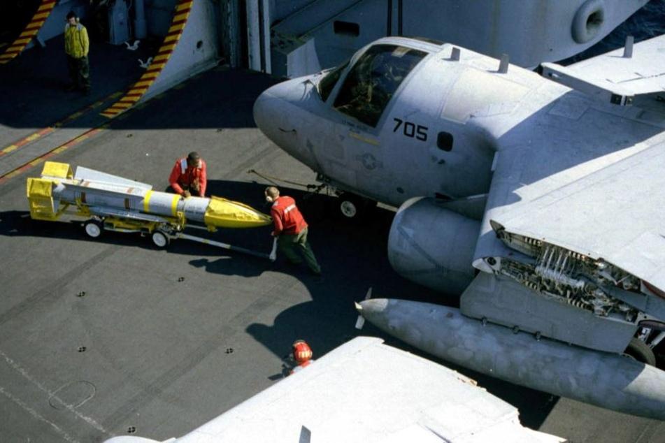 Die USA haben schon zum zweiten Mal binnen einer Woche eine atomwaffenfähige Langstreckenrakete getestet.