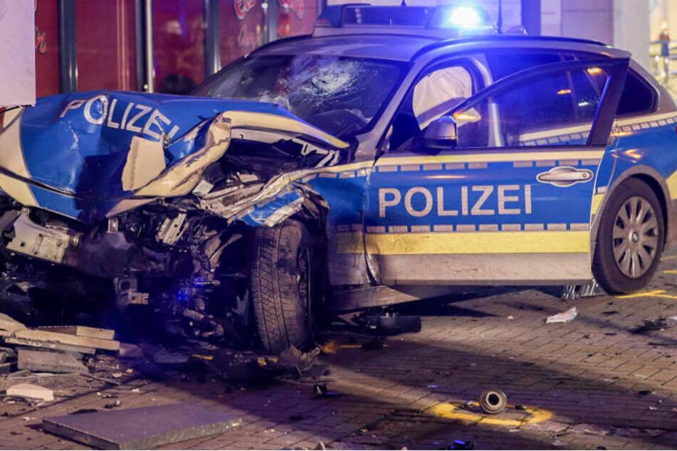 Polizist wird bei Einbrecher-Jagd gerammt und eingeklemmt