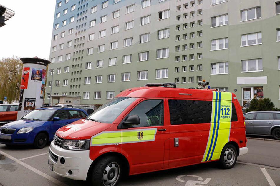 Die Feuerwehr wurde zu einem Brand in der Scharnhorststraße gerufen, der sich am Ende nur als angebranntes Essen herausstellte.