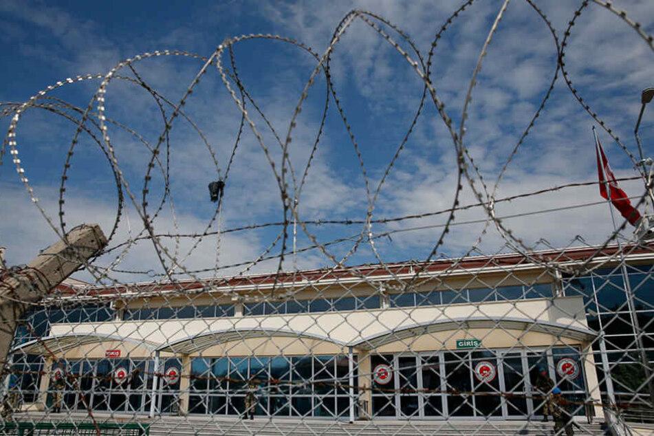 Einer der am Donnerstag inhaftierten Deutschen wurde wieder entlassen. (Symbolbild)