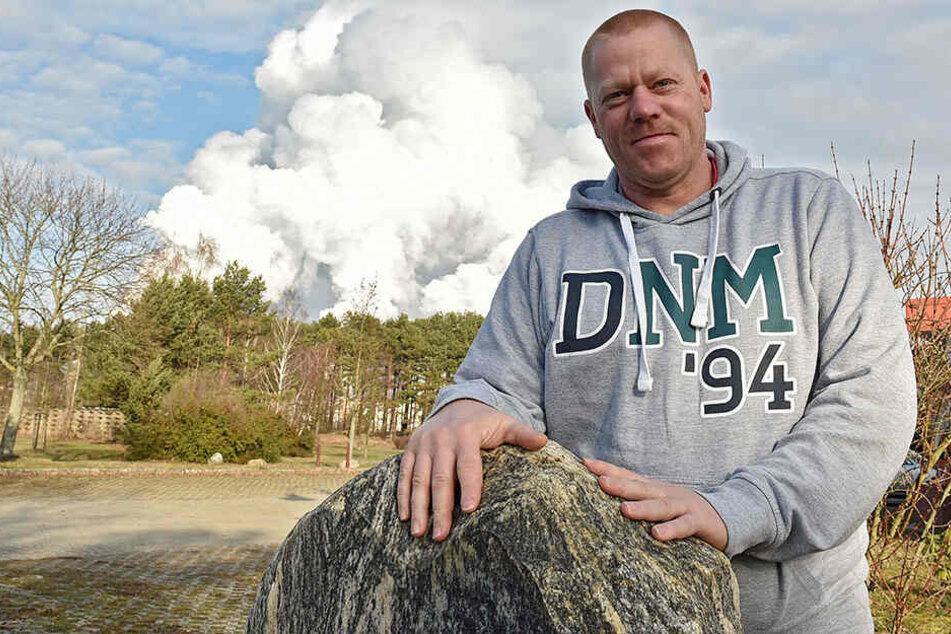 Denis Miertsch wuchs in Boxberg auf. Er liebt die Lausitz, das Leben dort.