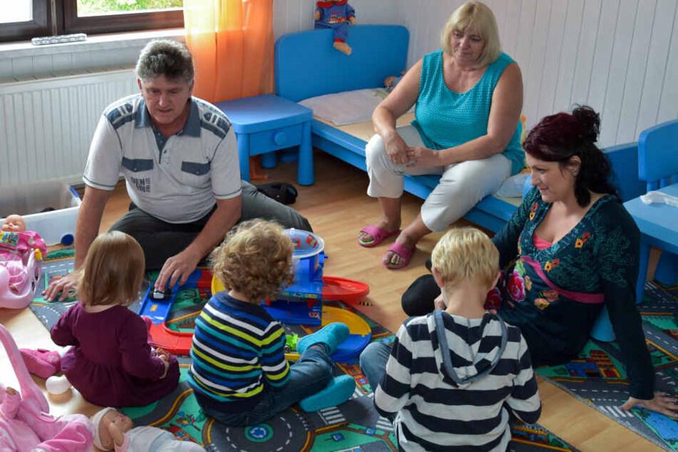 Viele Kinder kommen in einer Pflegefamilie unter.