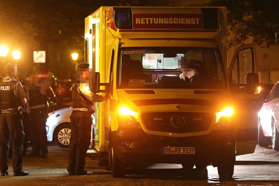 Die beiden 19-Jährigen wurden noch vor Ort behandelt und dann ins Krankenhaus gebracht.