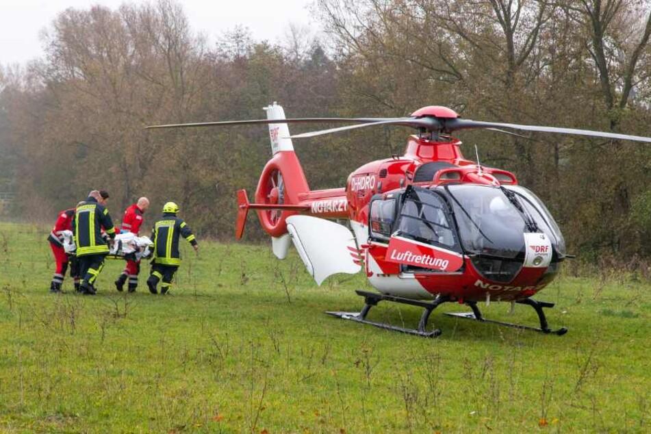 Mit einem Rettungshubschrauber musste der Verletzte in eine Spezialklinik gebracht werden.