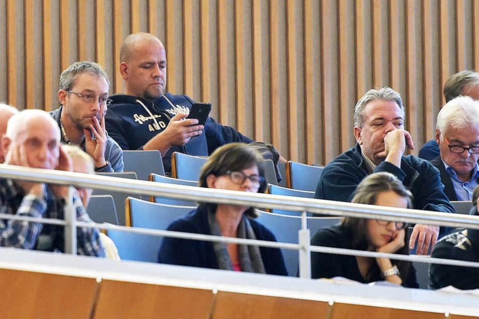 Auch PEGIDA-Frontmann Siegfried Däbritz war am Donnerstag als Zuschauer im Stadtrat.