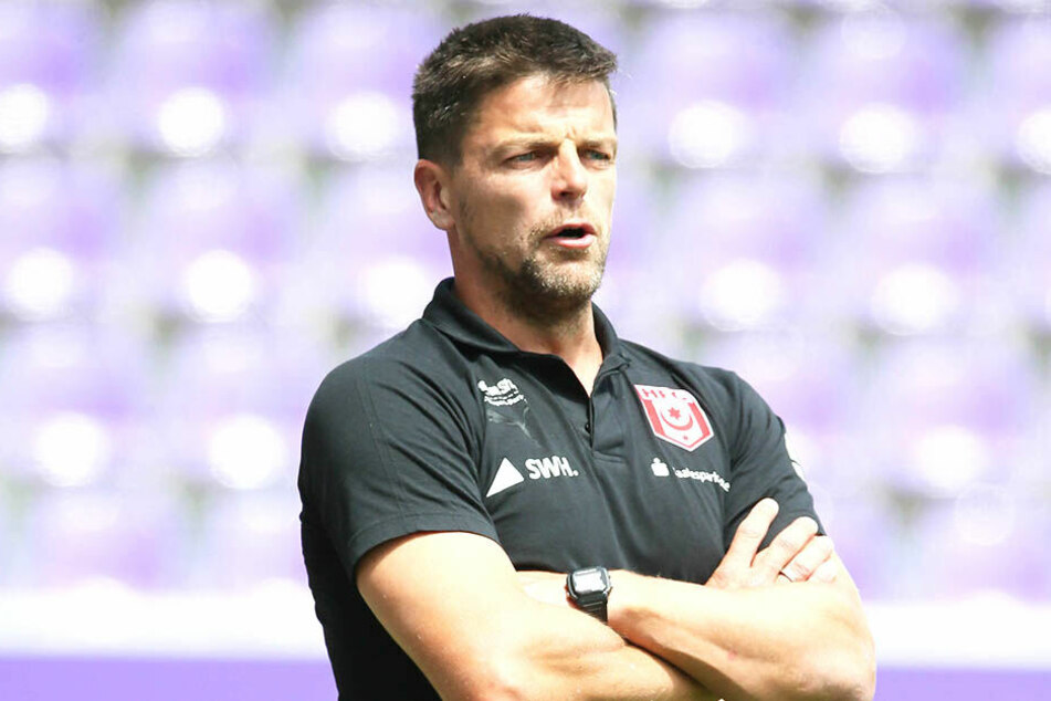 Torsten Ziegner, früher Trainer des FSV Zwickau, trainiert jetzt den Halleschen Fußballclub.