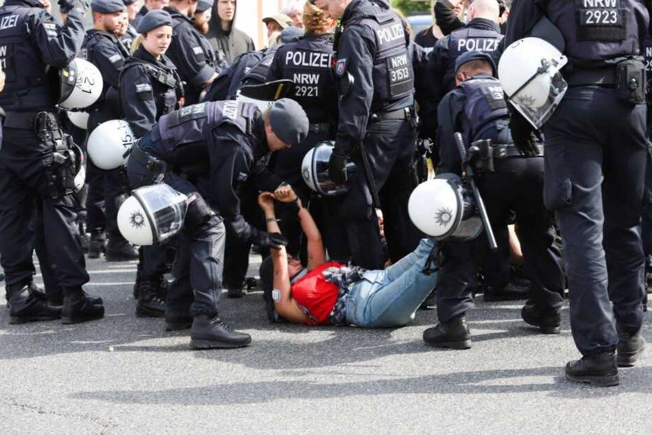 Die Polizei ging mit einem Großaufgebot vor.