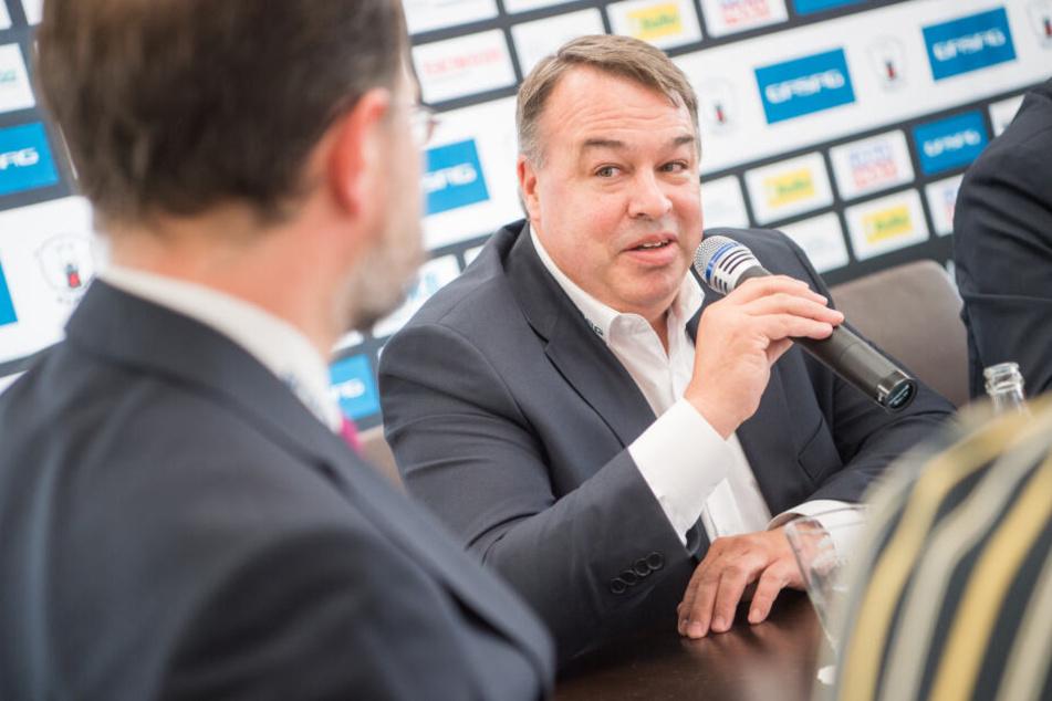 Sportdirektor Stephane Richer ist froh über die endgültige Kader-Rückkehr der Eisbären-Legende.