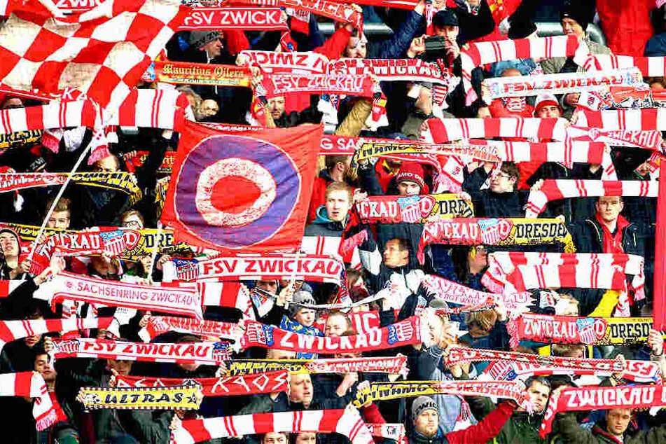 Platz drei für den FSV Zwickau bei  der prozentualen Stadion-Auslastung - auf die Fans der Rot-Weißen war Verlass.