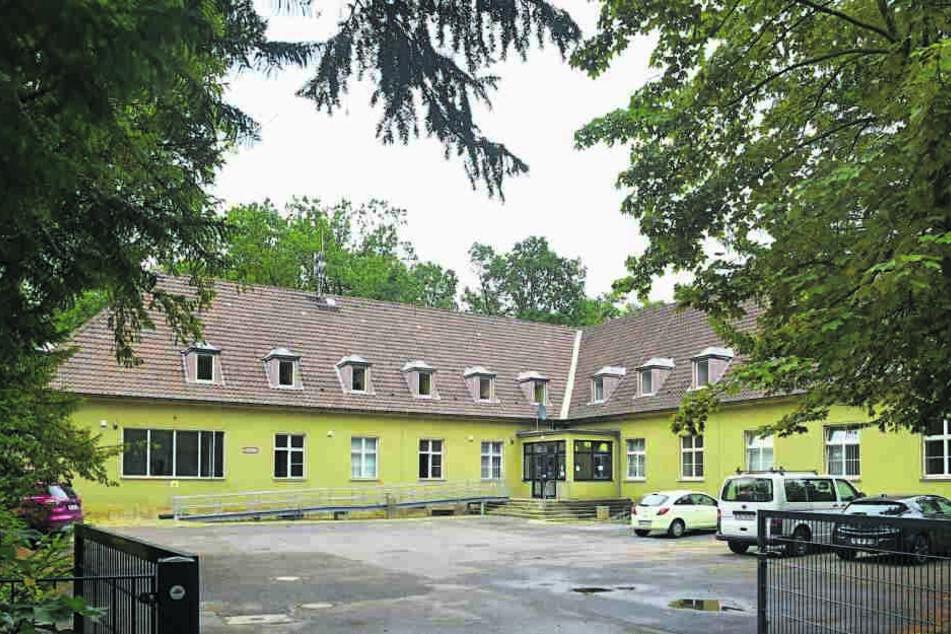 In dieses Gebäude nach Klotzsche soll ein Teil der Bewohner umgesiedelt werden.