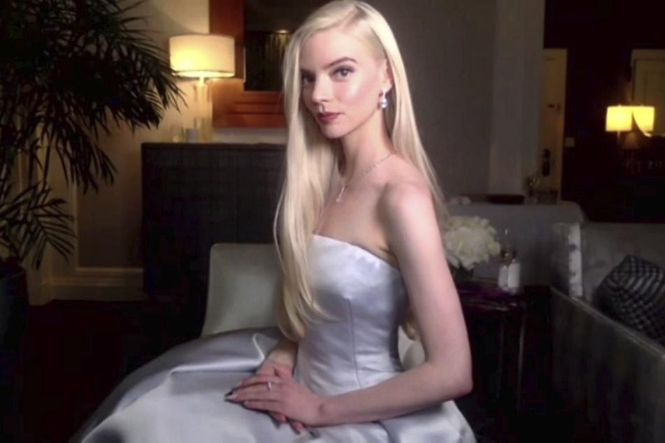 Trotz Corona gestaltete sich der 78. Golden Globe durch die zugeschalteten Stars (im Bild: Anya Taylor-Joy, 24) glamourös.