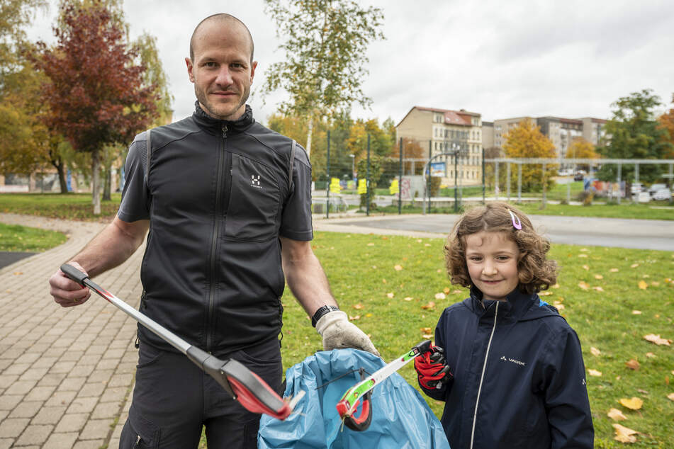 Tolle Aktion in Chemnitz! Bürger sammeln Müll im Konkordiapark