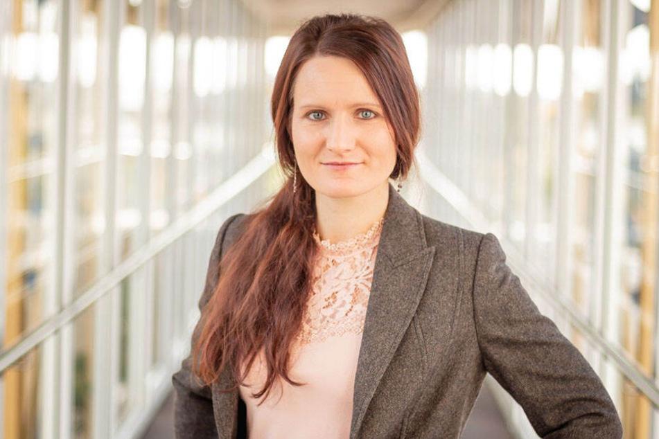 """Ellen Forke (36) von der Chemnitzer Firma """"FusionSystems"""" hofft, dass durch den """"Motion Composer"""" Fremde ins Gespräch kommen."""