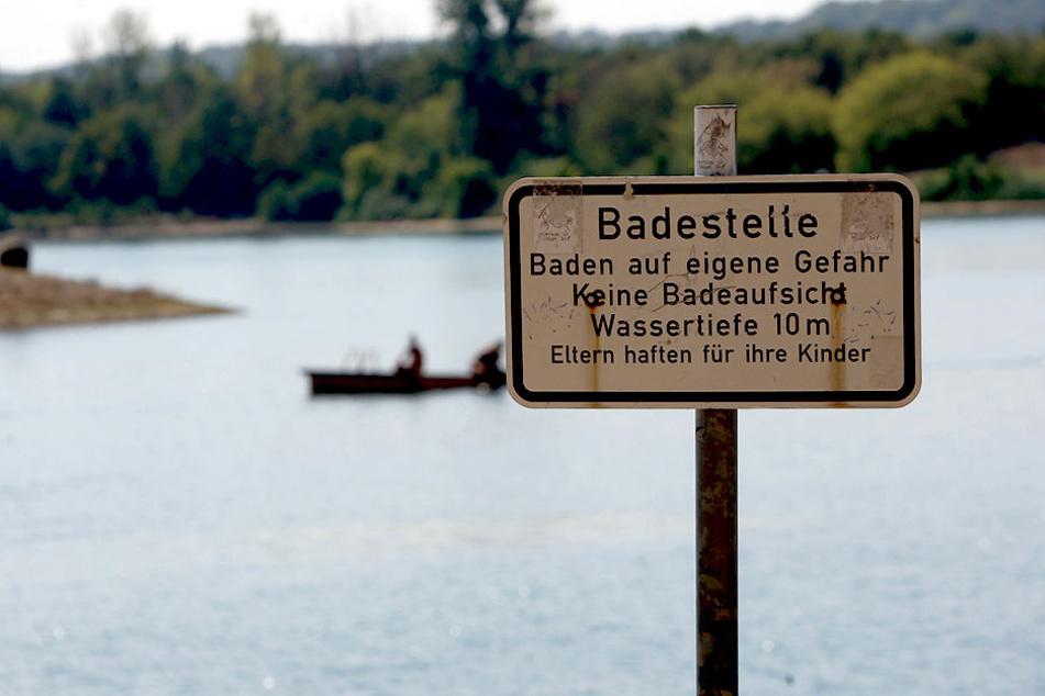 Das Baden im Kiessee Birkwitz ist nicht verboten, jedoch auf eigene Gefahr.