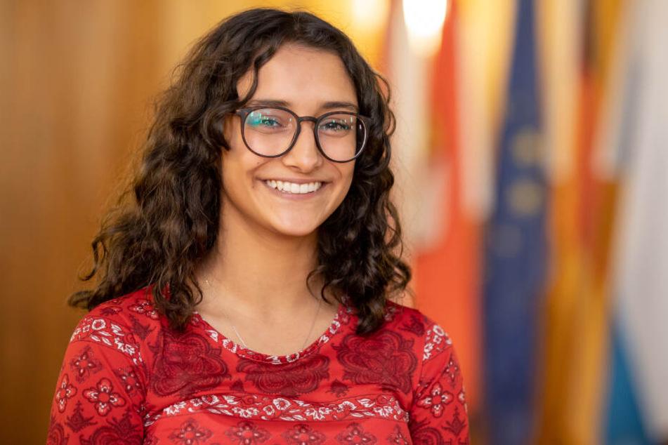 Die 17 Jahre alte Benigna Munsi ist das neue Nürnberger Christkind. Nach einem ätzenden AfD-Posting äußerte sich Hasnain Kazim.