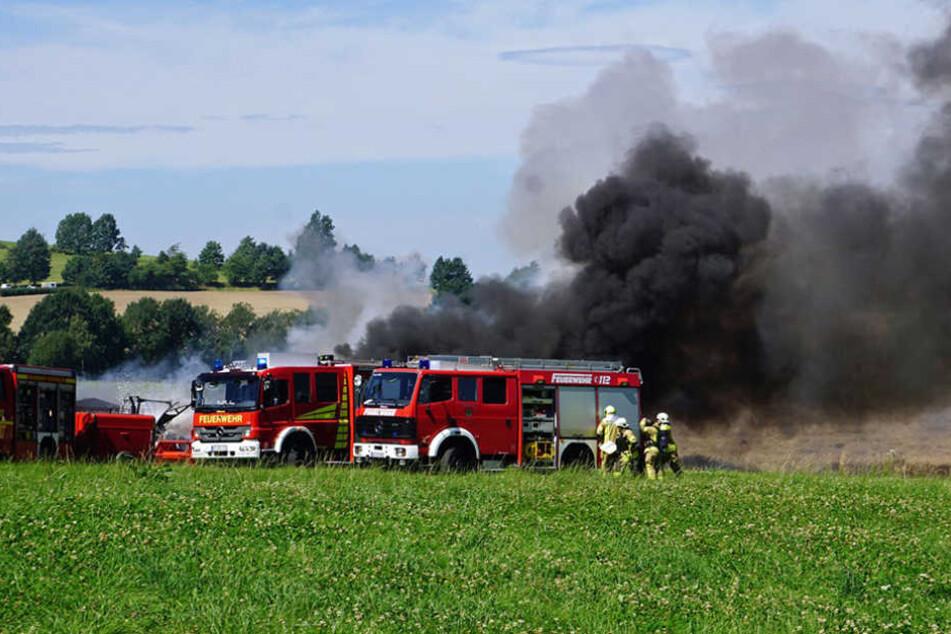 Rauchwolke kilometerweit zu sehen: Was steht hier in Flammen?