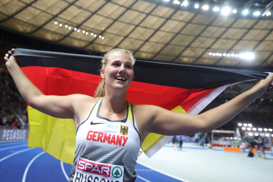 Christin Hussong gewann vergangene Woche bei der Leichtathletik-EM im Olympiastadion die Goldmedaille. Nun hat sie erneut Grund zum Jubeln. (Archivbild)