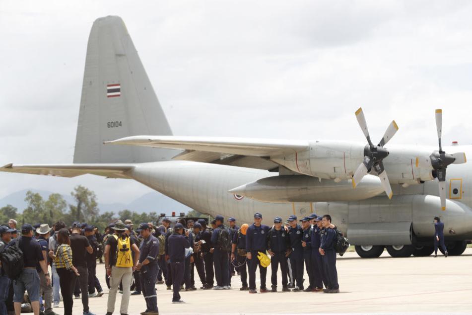 Von den Spezialtauchern aus Australien, Großbritannien und anderen Ländern traten viele am Donnerstag die Heimreise an.