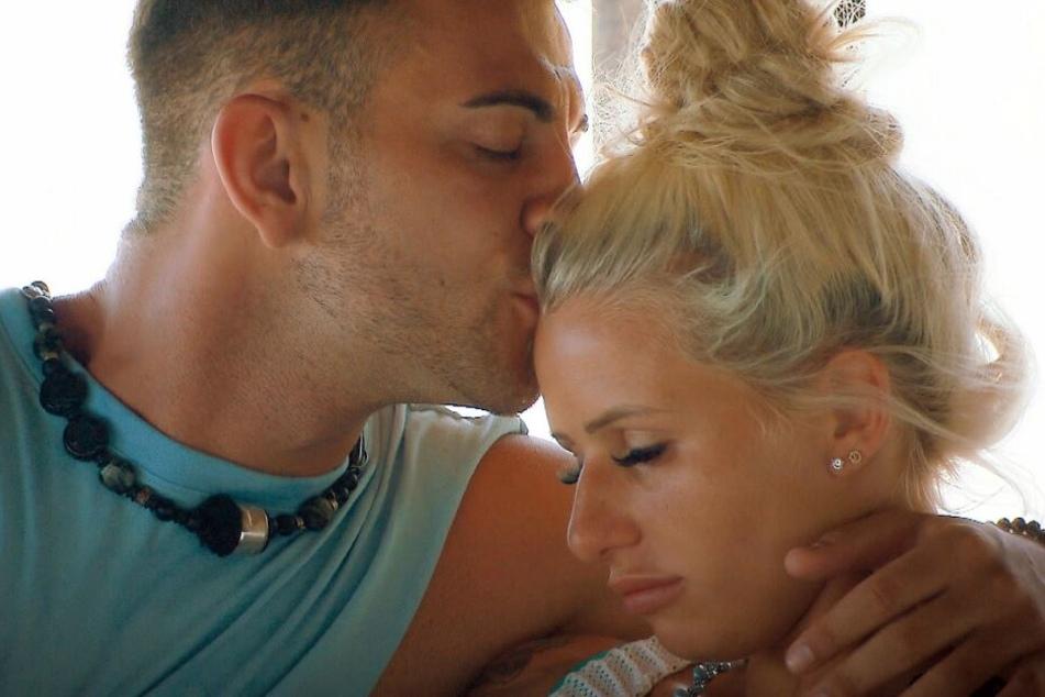 """Sex bei """"Bachelor in Paradise"""": Unter der Decke geht's heiß her"""
