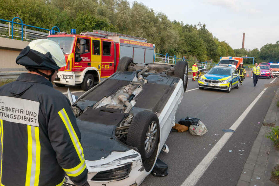 Für die neuen Folgen wurden Feuerwehrkräfte aus Bochum 70 Tage lang rund um die Uhr begleitet.