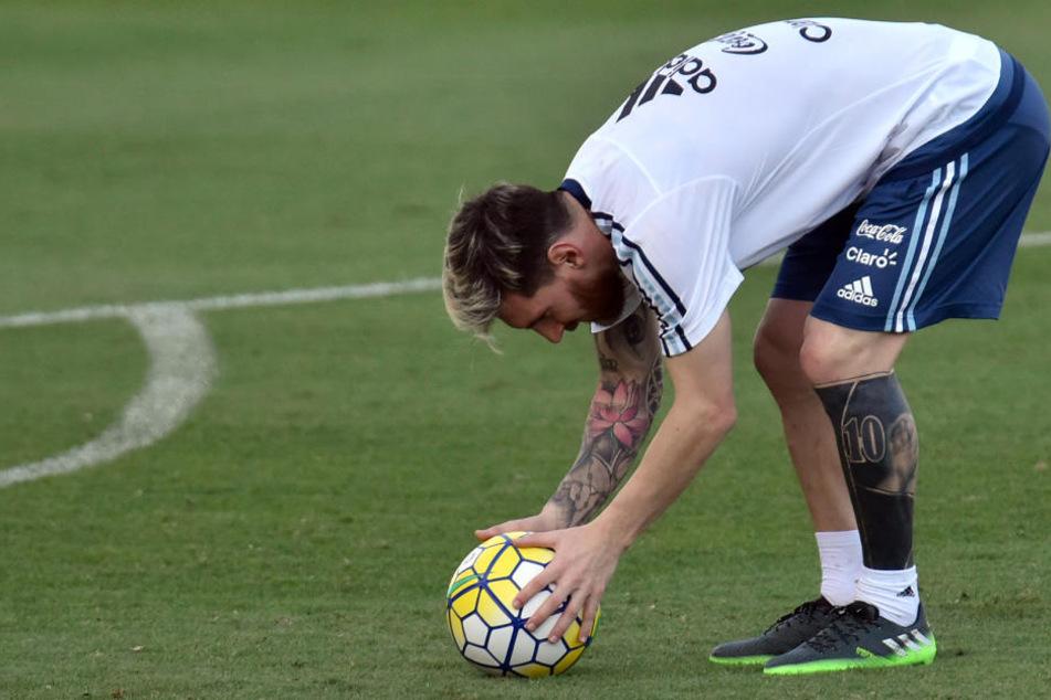 Lionel Messi (29) schockte seine Fans jetzt mit diesem neuen Tattoo.