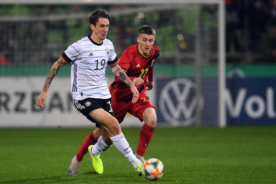 Der Mittelfeldspieler debütierte in dieser Saison in der deutschen U21-Nationalmannschaft.