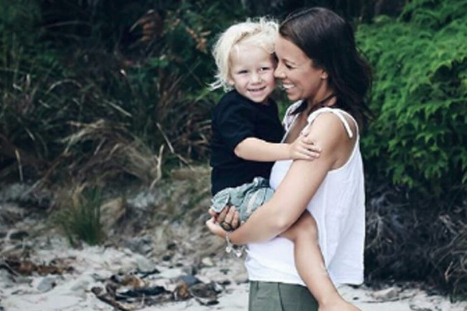 Seine Mutter Anna Davis musste Abschied nehmen: Ihr Sohn Alby Fox ist mit nur drei Jahren gestorben.