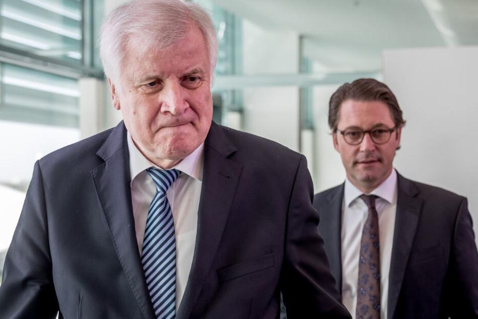 Horst Seehofer und Andreas Scheuer (beide CSU) sind bei den Wählern in Ungnade gefallen. (Archiv)
