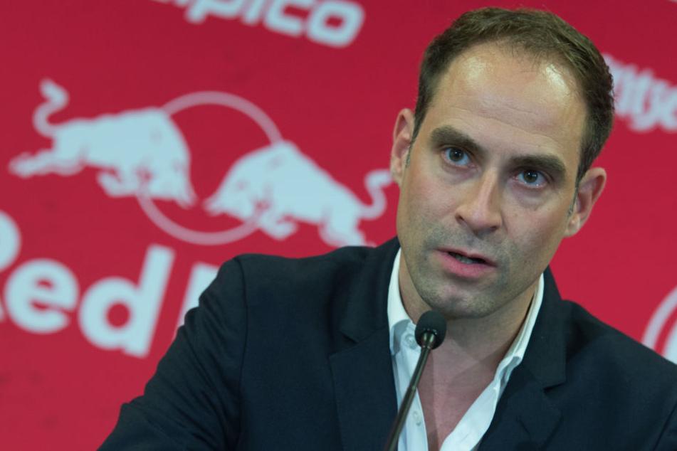 RB-Vorstandschef Oliver Mintzlaff ist bereits mit den Behörden in Austausch. (Archivbild)