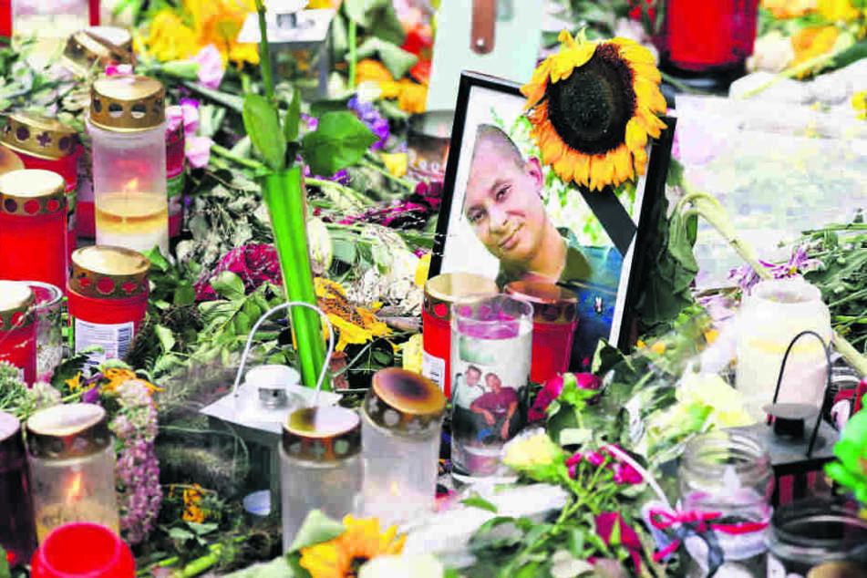 Nach dem gewaltsamen Tod von Daniel H. in der Nacht zum Stadtfest-Sonntag 2018 kam es in der Innenstadt von Chemnitz zu spontanen Demonstrationen und Gewaltakten.