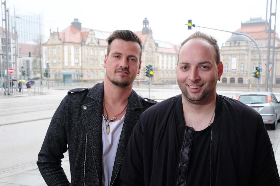 "Sebastian Seidel (34, r.) alias DJ Rixx vom Erfolgsduo ""Stereoact"" holt den Köln 50667-Star nach Sachsen."