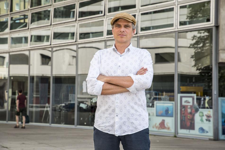 Will einen letzten Rettungsplan starten: Stadtrat Thomas Löser (48, Grüne). Per Anfrage erkundigte er sich über den Zustand des Bades.