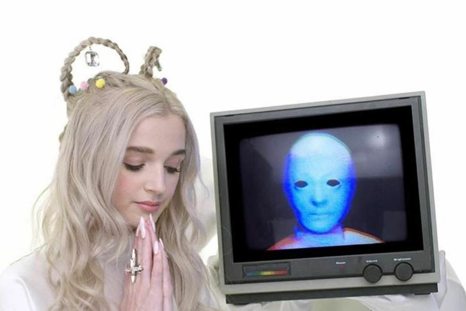 In ihren Videos wirkt Poppy, als wäre sie nicht von dieser Welt.