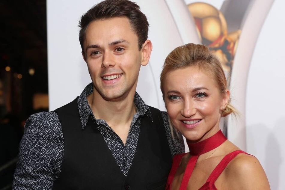 Aljona Savchenko und Liam Cross sind seit 2016 verheiratet und nun stolze Eltern einer kleinen Tochter.