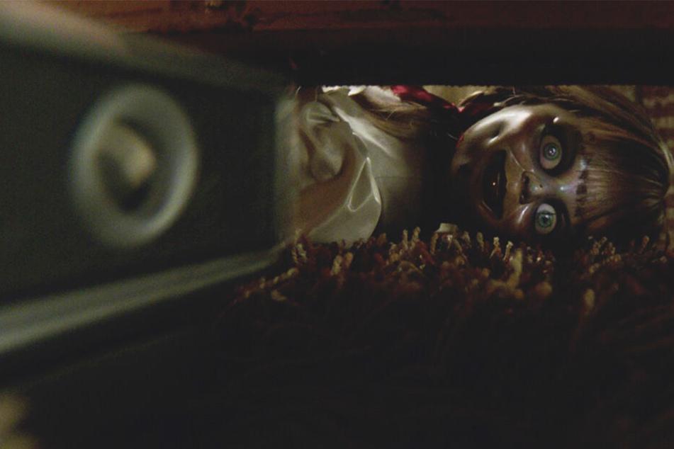 """Schaurige Szenen spielen sich in einem Horror-Streifen, wie dem von """"Annabelle Comes Home"""" ab."""