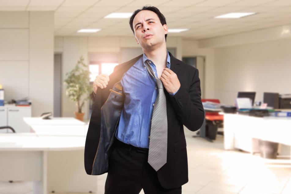 Wer es im Büro wegen der hohen Temperaturen nicht aushält, tut gut daran, ein paar Ratschläge zu beherzigen.