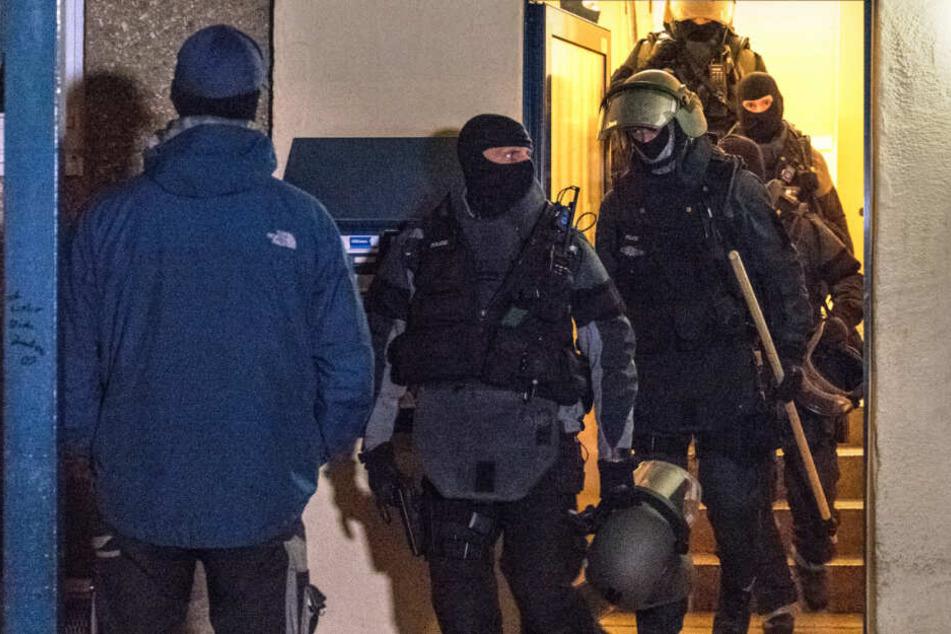 Über Deutschland hinaus: Polizei-Großeinsatz wegen Cybercrime