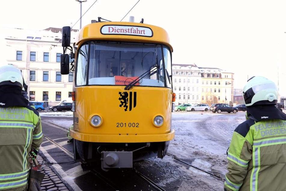 Wieder entgleiste eine Straßenbahn in Dresden.