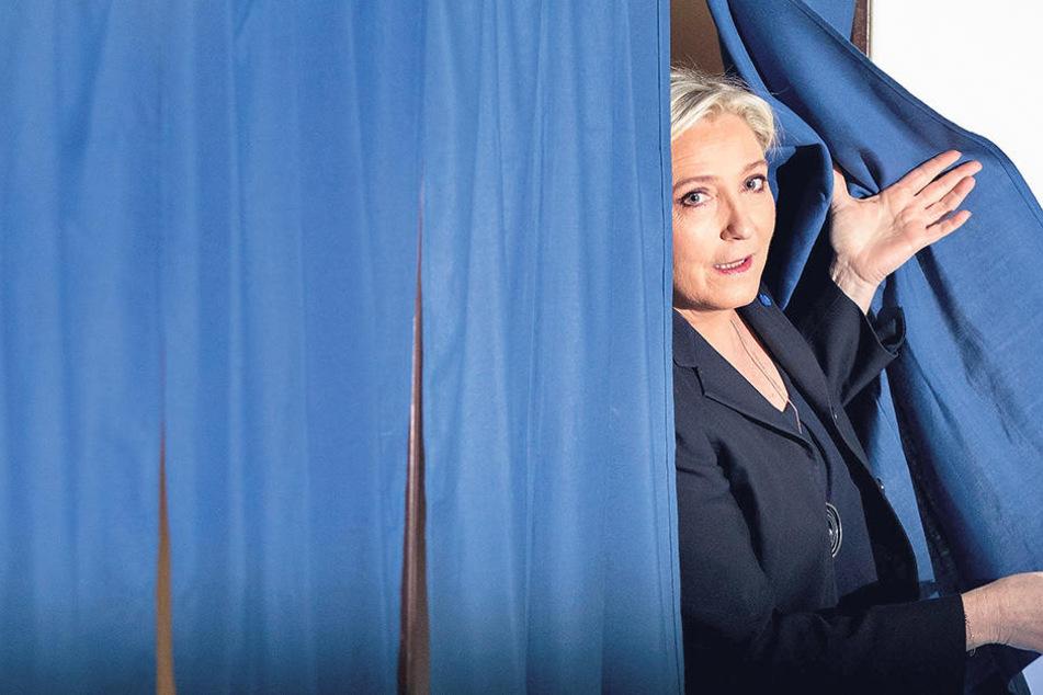 Marine Le Pen (48, Front National): derzeit Platz 2 mit 21,7 Prozent nach ersten Hochrechnungen.