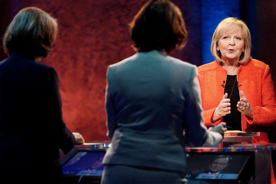 Hannelore Kraft (SPD) stand vor allem Innenminister Ralf Jäger (SPD) zur Seite, der zur Zielscheibe von Laschet wurde.