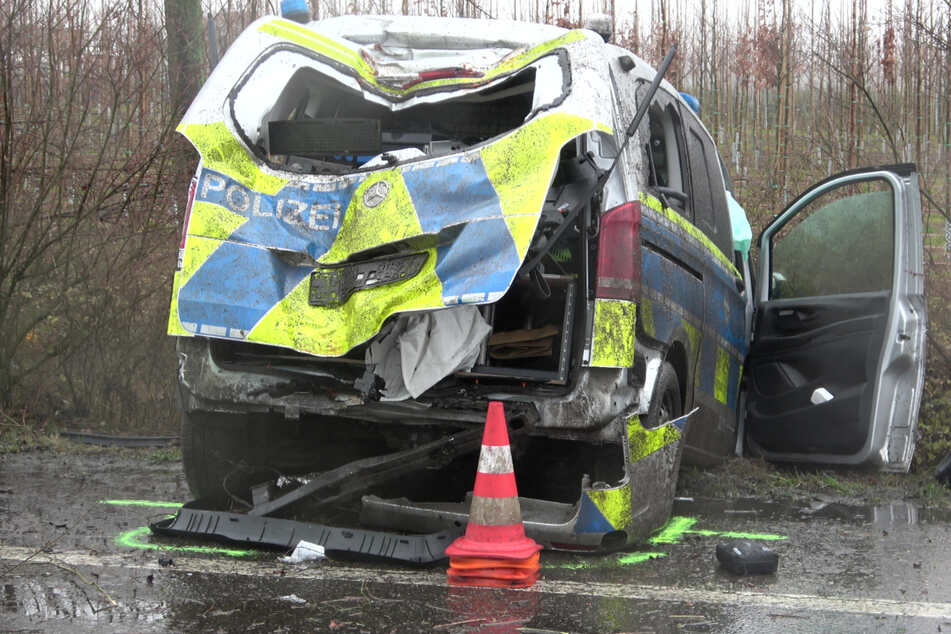 In Thüringen hat die Zahl von Unfällen mit Polizeifahrzeugen zugenommen. (Archivbild)