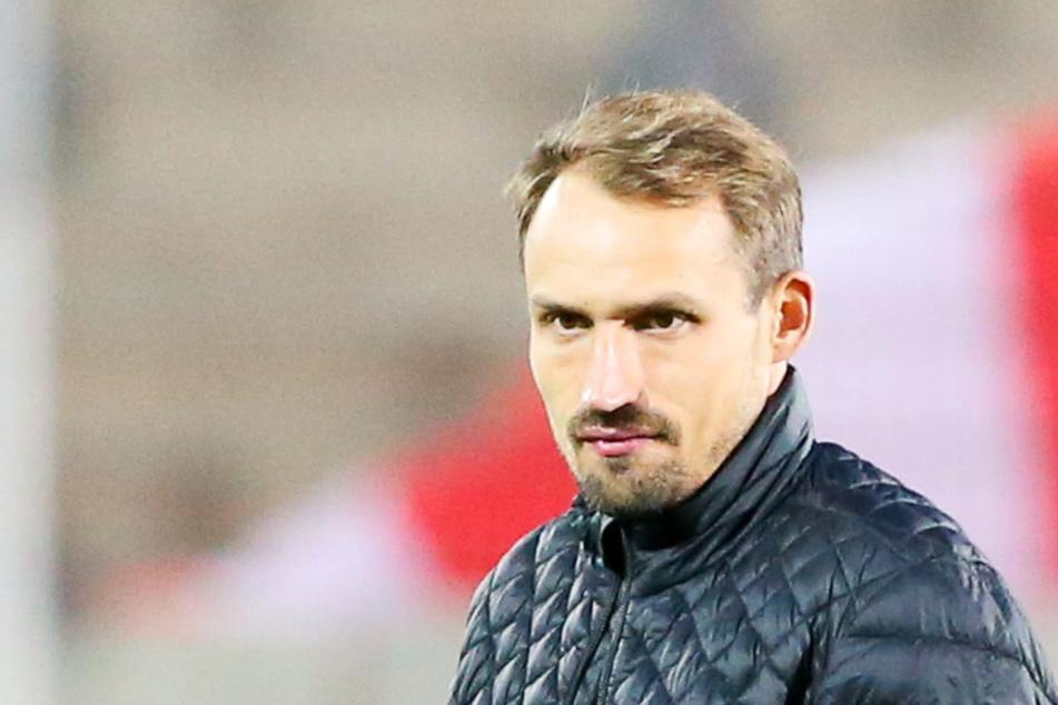 FSV-Sportdirektor Toni Wachsmuth (34) war nach der 2:3-Pokal-Niederlage beim CFC sauer.