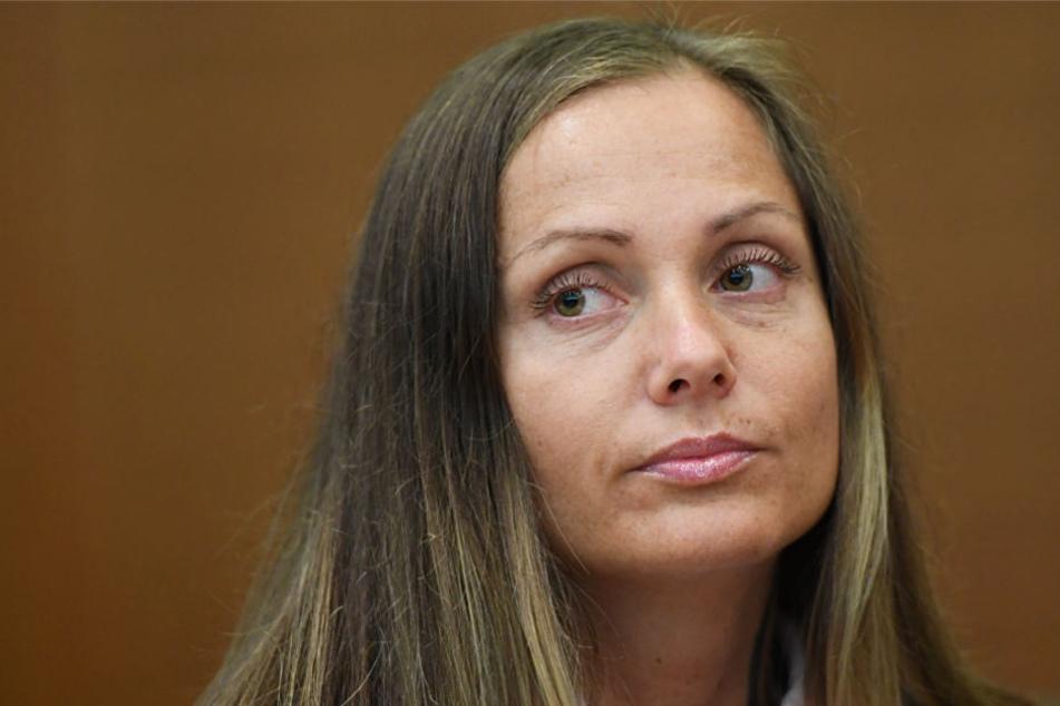 Skandal-Rapperin Schwesta Ewa droht neuer Ärger
