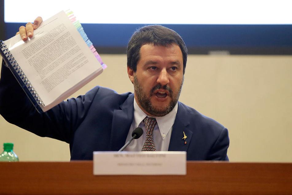 Matteo Salvini, Innenminister von Italien, fährt einen scharfen Kurs, wenn es um Migranten geht.