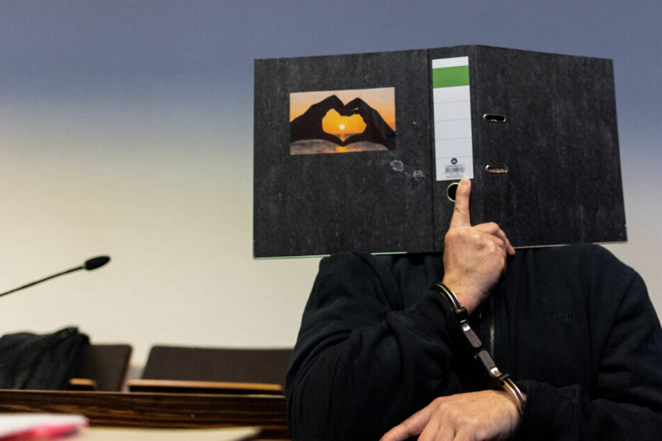 Angeklagt ist der 58-jährige Bernhard H., der mit Maria im Mai 2013 aus Freiburg ins Ausland geflüchtet sein soll. (Archivbild)